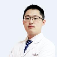 李龙-整形美容医师