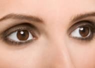 做埋线双眼皮怎么样 需要多少钱?埋线双眼皮手术恢复