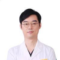 徐文龙-整形美容医师